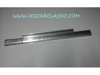 Aplicação Desconhecida - Calha de suporte vidro porta (450mm)
