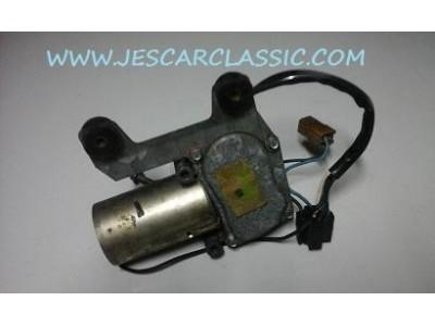 Aplicação Desconhecida - Motor de limpa-vidros traseiro (VALEO)