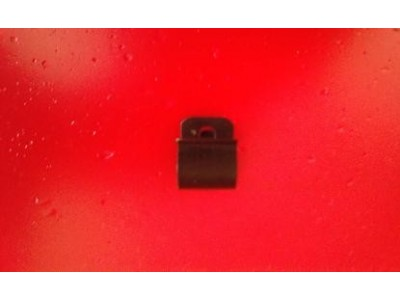 Aplicação Desconhecida - Mola de fixação para cablagens (Ø 12mm)