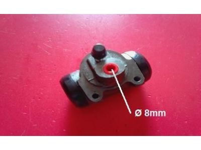 Citroen 2CV / Citroen Dyane / Citroen Mehari - Cilindro do travão roda frente para tubo 8mm (Ø 28,57)