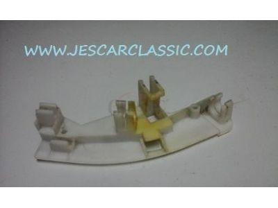 Audi 80 B4 / Audi 80 Avant B4 - Suporte de fixação do actuador de cabos porta traseira esquerda