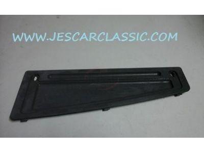 Citroen AX - Tampa de acabamento do tablier (caixa fusiveis)